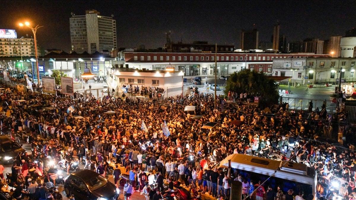 Festeggiamenti Coppa Italia, Napoli bloccato in stazione fino alle 4