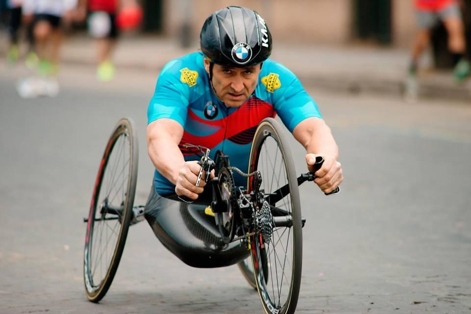 Incidente in hand-bike per Alex Zanardi: è grave