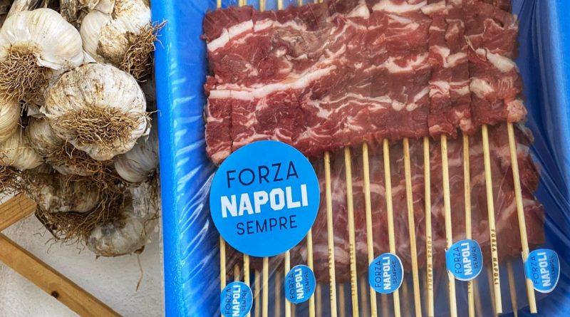 In Abruzzo è già Napoli-mania: ecco gli arrosticini dedicati agli azzurri