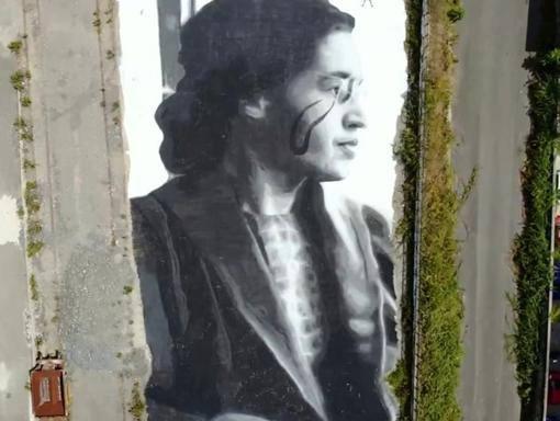 Quarto, nell'officina Eav il murale con il volto di Rosa Louise Parks