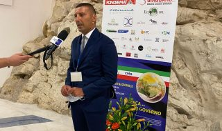 """Partiti, """"Meritocrazia Italia"""" a congresso: pronti a scendere in campo"""
