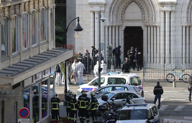 Nizza: attacco alla cattedrale di Notre-Dame, tre morti