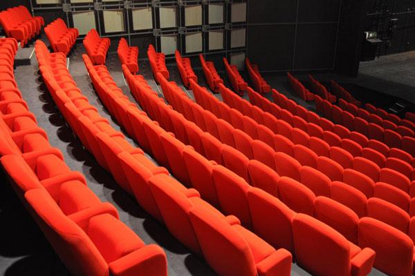 Modernissimo e Plaza riaprono: il cinema torna a Napoli