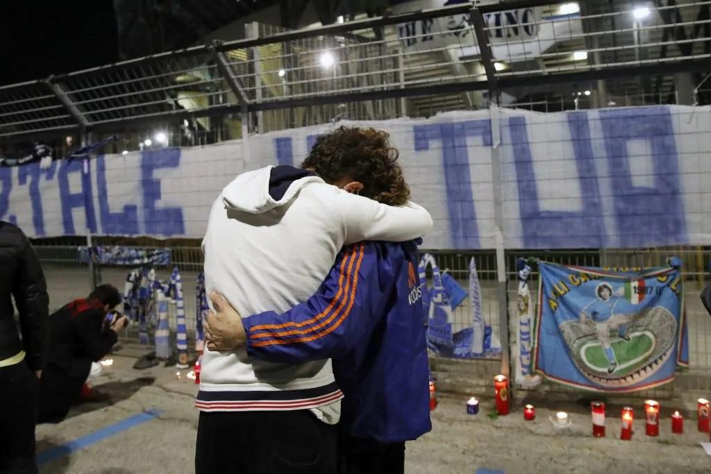 AD10S: solo le lacrime possono spiegare il rapporto tra Napoli e Maradona