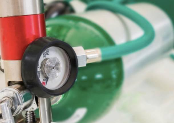 Napoli, Covid: mancanza di ossigeno liquido nelle farmacie