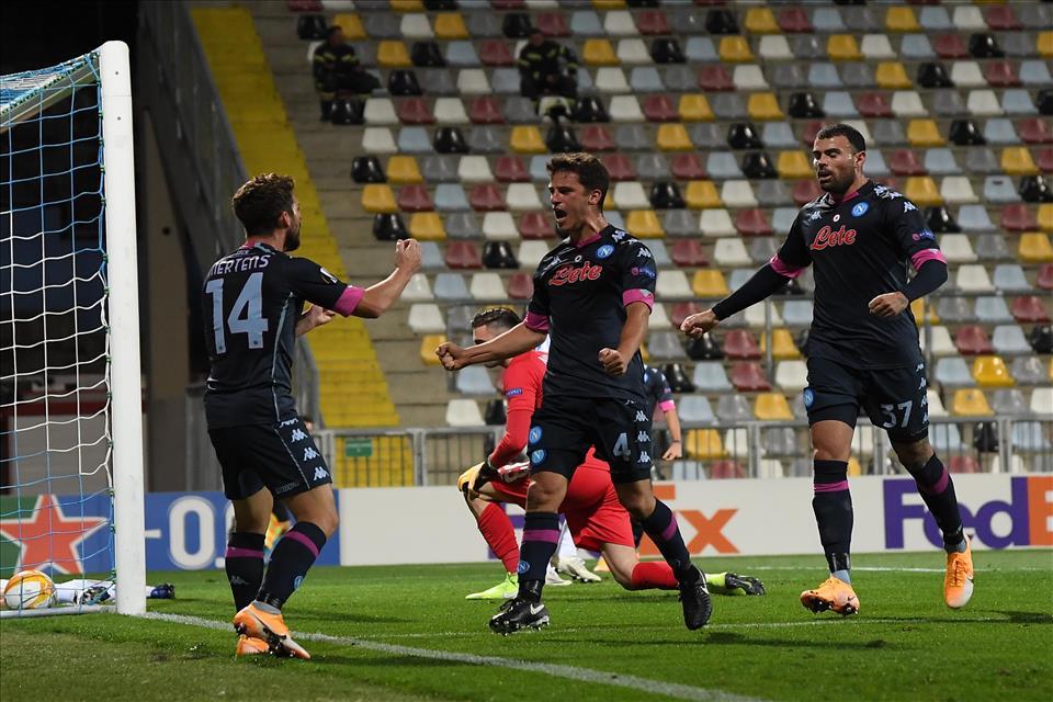 Europa League, Rijeka-Napoli 1-2: gli azzurri soffrono ma vincono in rimonta
