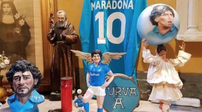 Il tributo a Maradona dei presepiai di San Gregorio Armeno