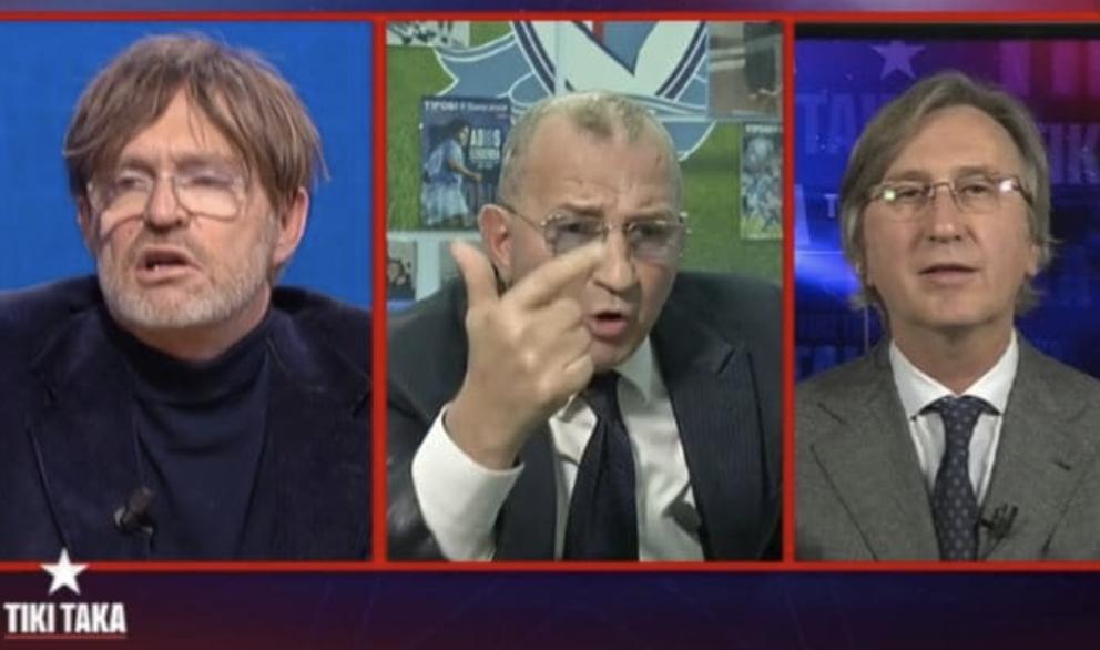 """Maradona, Facci a Tiki Taka: """"Difetti da mediocre imbecille"""""""