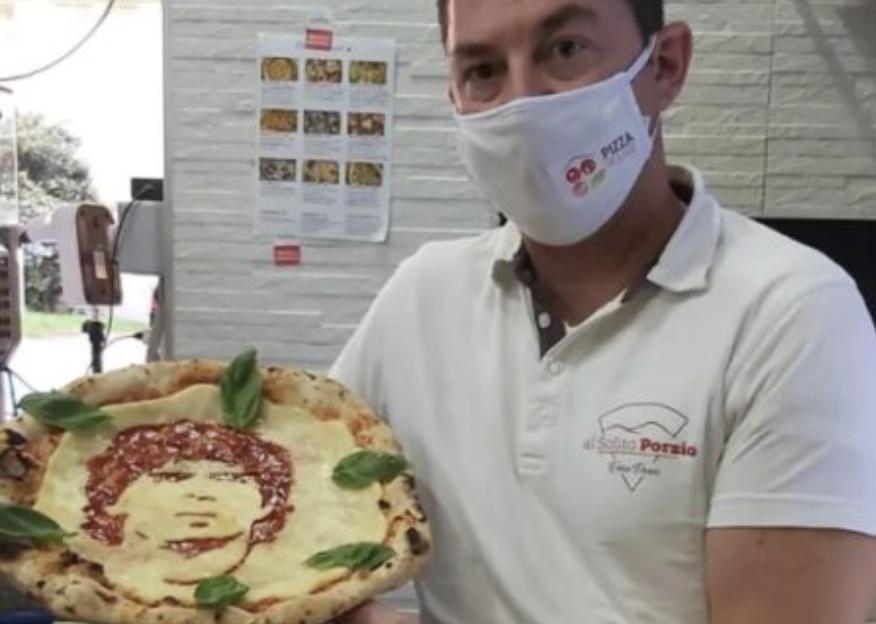 L'omaggio fatto a Maradona dal pizzaiolo Porzio celebrato dalla stampa argentina