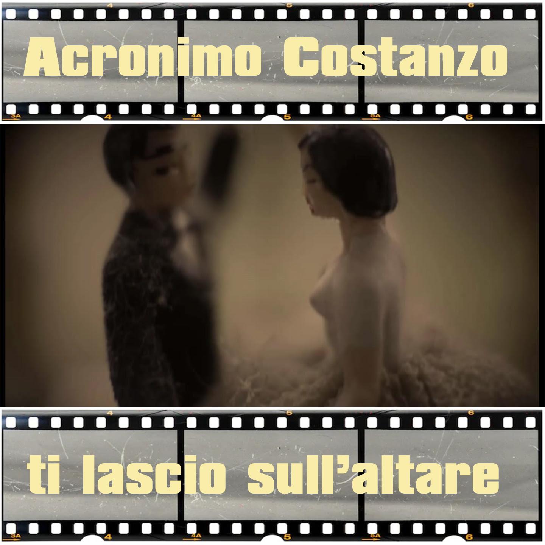 """""""Ti lascio sull'altare"""": la canzone di Acronimo Costanzo contro gli stereotipi (VIDEO)"""