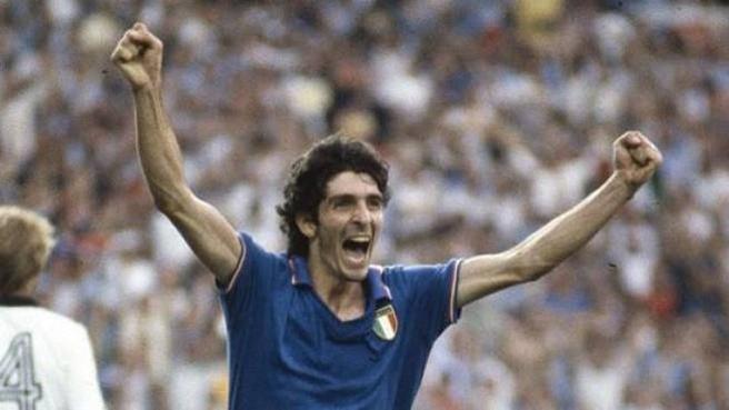 Calcio, è morto Paolo Rossi: eroe del mondiale 1982