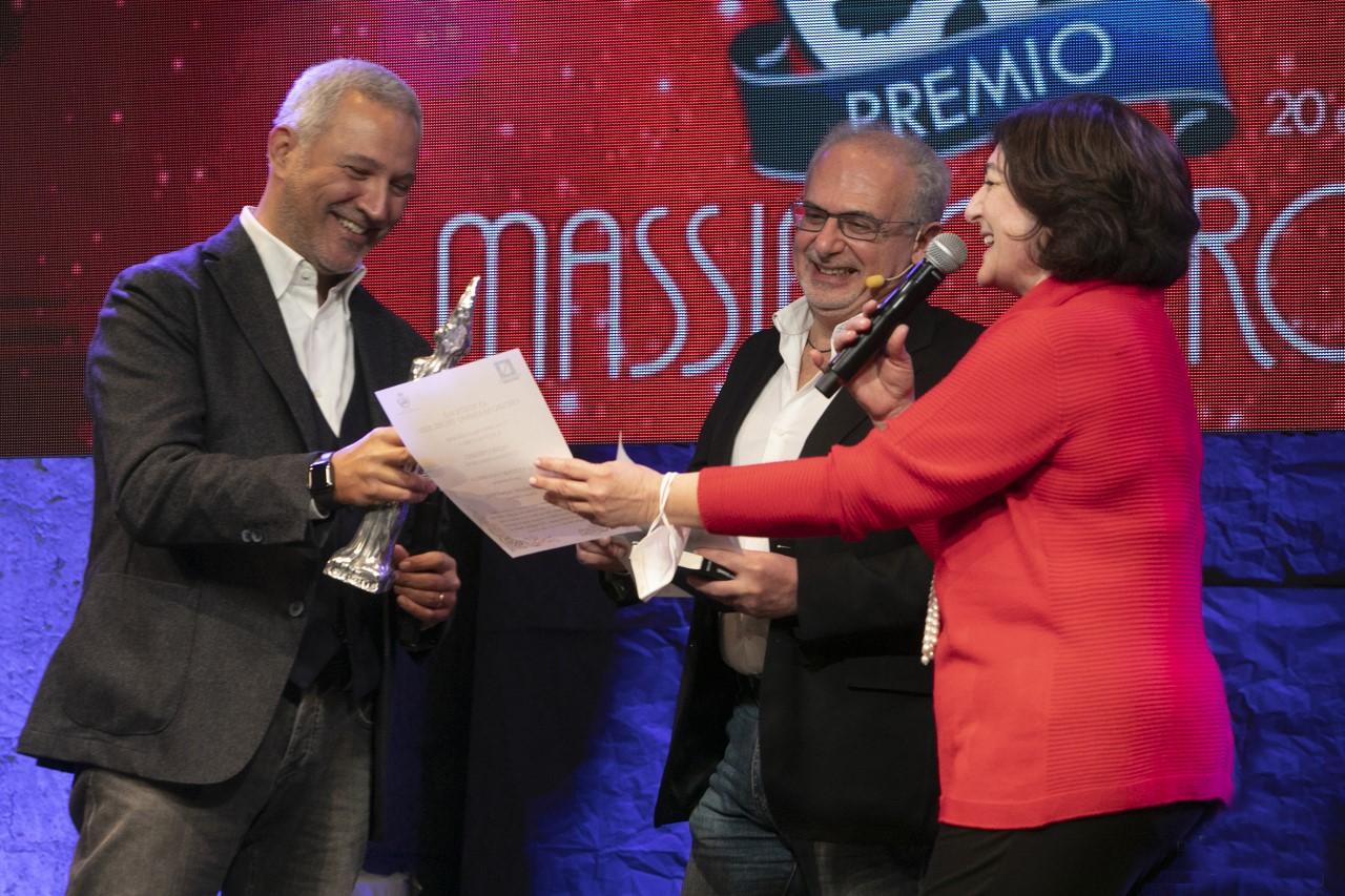 """Il romanzo """"Dieci piccoli napoletani"""" di Antonio Vastarelli vince il Premio Troisi come miglior Scrittura Comica"""