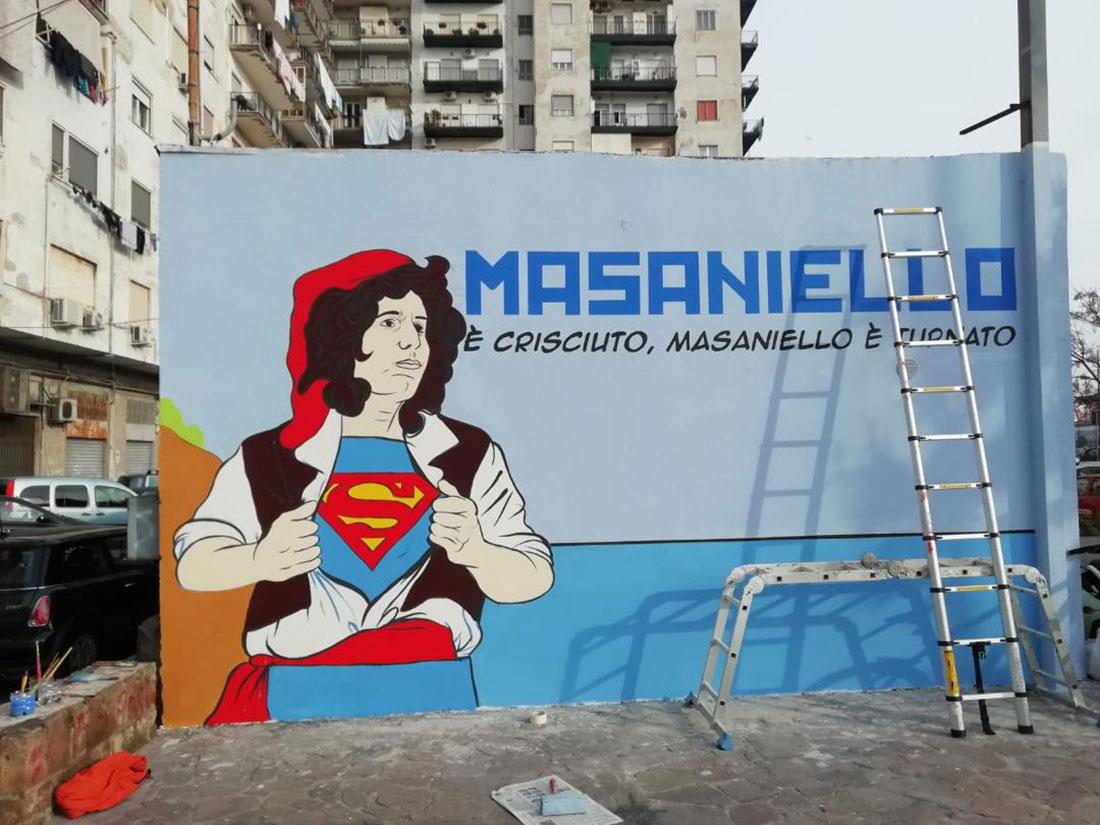 Napoli, in via Marina spunta il murale di Masaniello con il viso di Pino Daniele