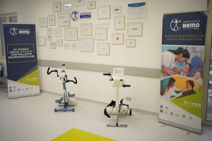 Due cyclette mediche per i pazienti del Centro NeMo di Napoli
