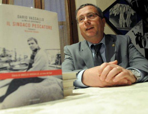 """Dario Vassallo: """"Dopo più di 10 anni ancora da scrivere la verità sull'omicidio di mio fratello"""""""