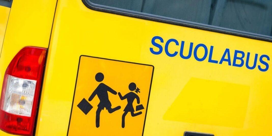 Covid, Napoli: 5mila mascherine per autisti e alunni scuolabus