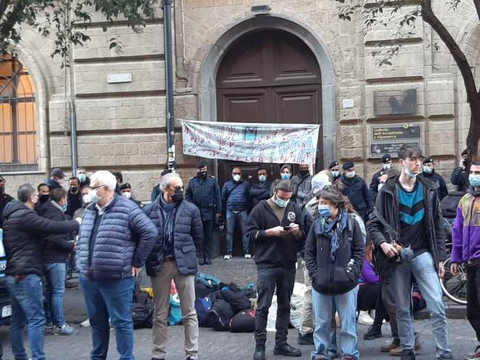 Sgomberata l'Accademia di Belle Arti a Napoli: era occupata da un mese