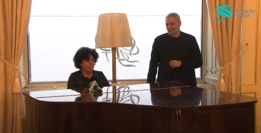 """Lino Blandizzi esegue """"Il commissario Ricciardi"""" (VIDEO)"""