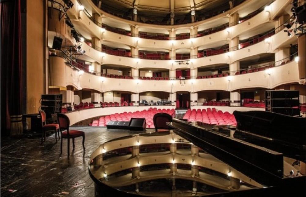 """Teatro, al Trianon Viviani di Napoli """"Suoni contro muri"""""""