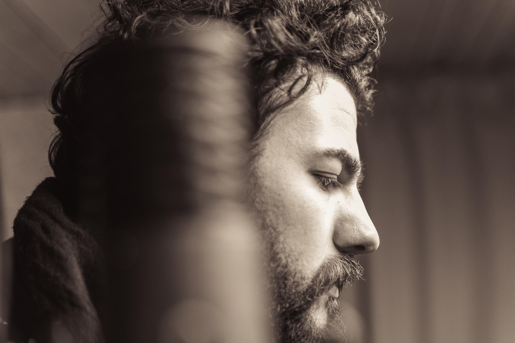 """""""Prima di perdersi"""" il primo singolo di comecarbone, alias Giovanni Carbone"""