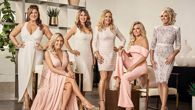 Tornano Real Housewives di Napoli, come se non avessimo già abbastanza problemi (e pregiudizi)