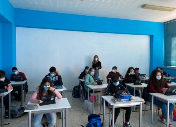 """Presentazione Aula """"Apple"""": la tecnologia cambia l'istruzione"""