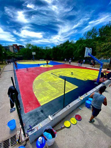 Bagnoli, donato campo basket ai ragazzi del quartiere