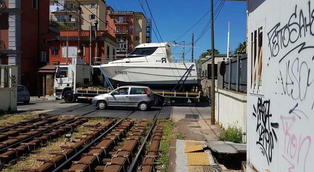 Cumana, linea interrotta tra Fuorigrotta e Bagnoli