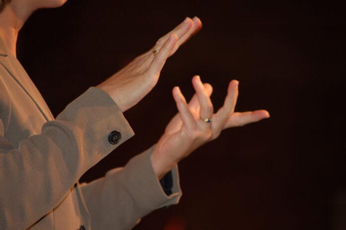 Lingua dei segni riconosciuta ufficialmente in Italia