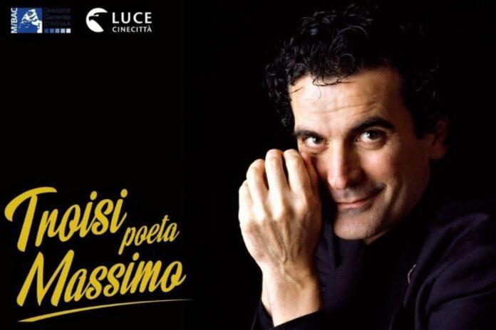 """""""Troisi poeta Massimo"""", viaggio tra carriera e privato in mostra al Castel dell'Ovo"""