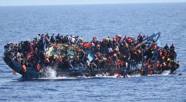 Lampedusa, nuova tragedia dei migranti: almeno 7 morti