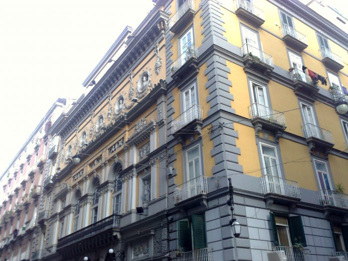 Teatro Bellini, suicidio giovane attrice a Napoli