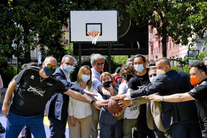 Silvia Ruotolo, inaugurato campo da basket in sua memoria