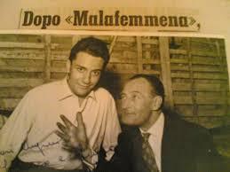 Arenella, da oggi c'è Largo Mario Abbate: cantò Malafemmena