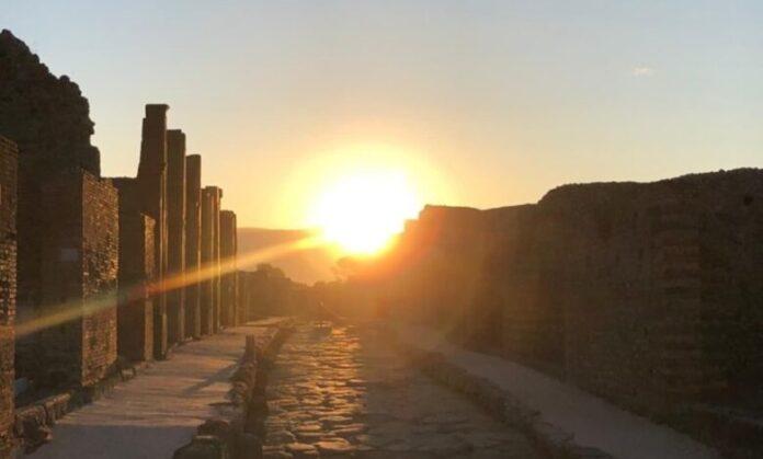 Pompei, alba nel sito archeologico per il Solstizio d'estate