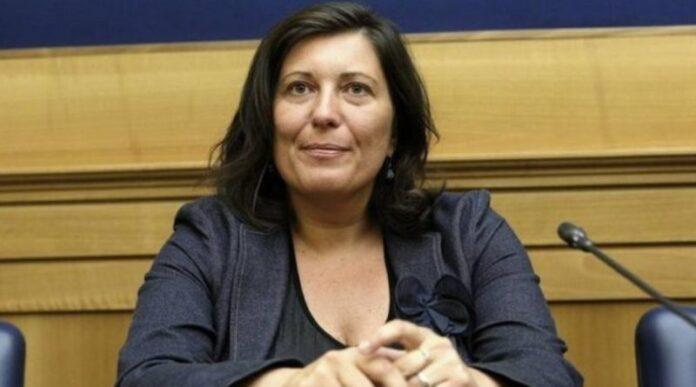 Valeria Ciarambino (M5S) riceve buste con proiettili
