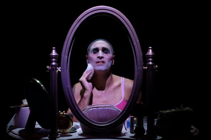 Daniele Russo vince il premio le Maschere del Teatro Italiano 2021