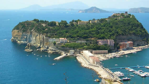 Napoli Flegrea presenta: Quartieri a confronto