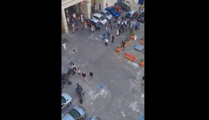 Ospedale Pellegrini, nuova violenta rissa - VIDEO